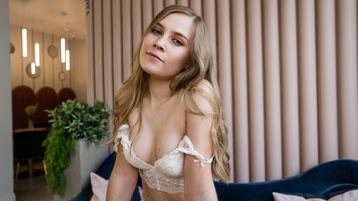 0HedyCuteGirls hete nettkamera show – Jente på Jasmin