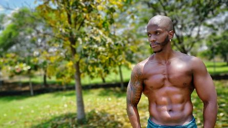 HUGECOCKXX19's profile picture – Gay on LiveJasmin
