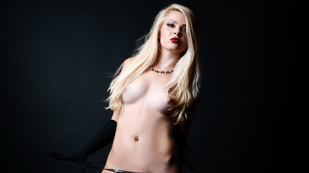 dirtyLora01's hot webcam show – Fetish on LiveJasmin