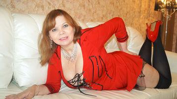 Show fierbinte la webcam SquirtyAshleyHot  – Femeie Matura pe Jasmin