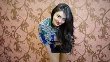 Show fierbinte la webcam BelleAttractive  – Fata pe Jasmin