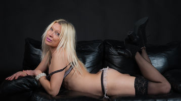GorgeousBabyXs hete nettkamera show – Jente på Jasmin