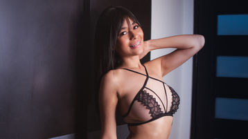 KlaudiaSuarez's hot webcam show – Girl on Jasmin