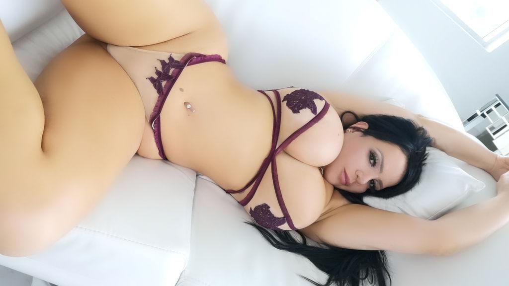 Nickitalatinass's hot webcam show – Girl on LiveJasmin