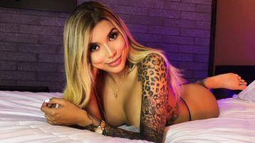 Show quente na webcam de IsabellaNourie – Meninas em Jasmin