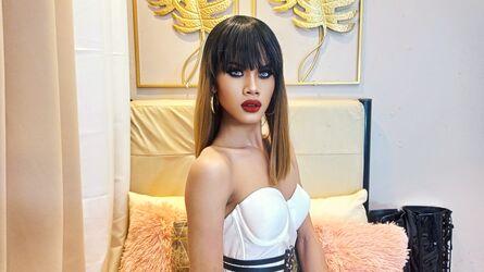 SamanthaMace