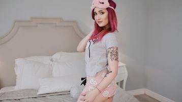 Show fierbinte la webcam KatarinaRedhair  – Fata pe Jasmin