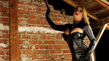 Show fierbinte la webcam Mishasfantesy  – Fata pe Jasmin