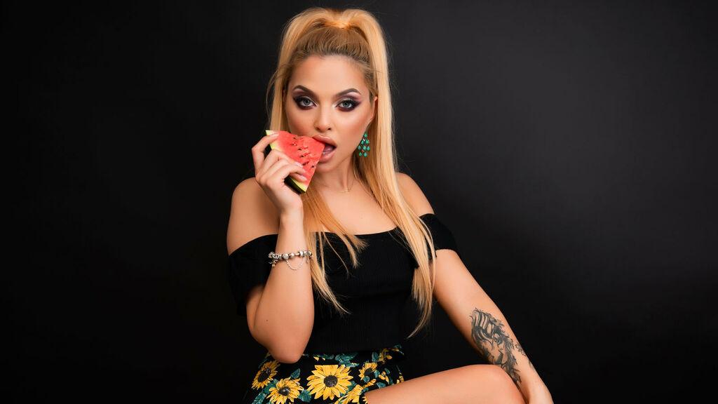 Show di sesso su webcam con DaisyDiamondX – Donna su LiveJasmin