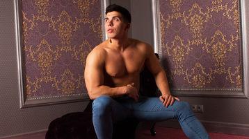 Show quente na webcam de DenzelHunk – Rapaz para Elas em Jasmin