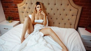 AmyraJoyfulls hot webcam show – Pige på Jasmin