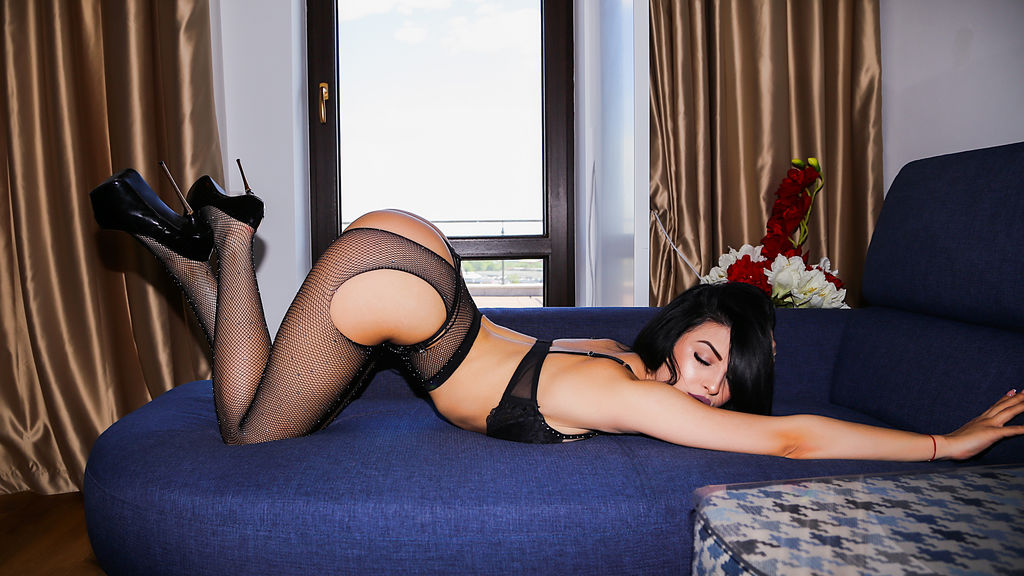 RenataCharles's hot webcam show – Girl on LiveJasmin