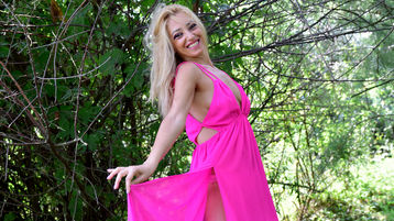 QueenFeetLady's hot webcam show – Mature Woman on Jasmin