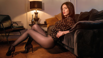 Show di sesso su webcam con NinaKatz – Donna su Jasmin