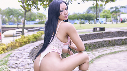 Yelenaa