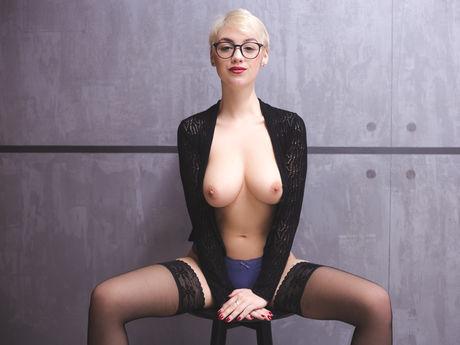 MoniqueSkye