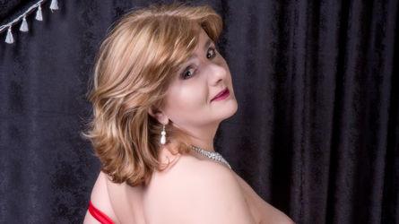 AllennaRay的个人照片 – LiveJasmin上的资深熟女