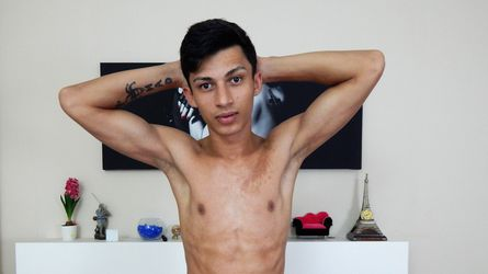 Alynmadboy's profile picture – Gay on LiveJasmin
