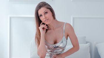 Show fierbinte la webcam tatianushka  – Fata pe Jasmin