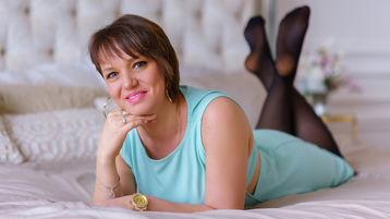 AgataStone:n kuuma kamera-show – Nainen sivulla Jasmin