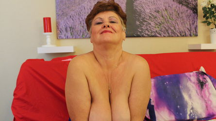 AnastassiaSummer's profile picture – Mature Woman on LiveJasmin