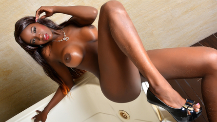 LorraineEvans's profile picture – Girl on LiveJasmin