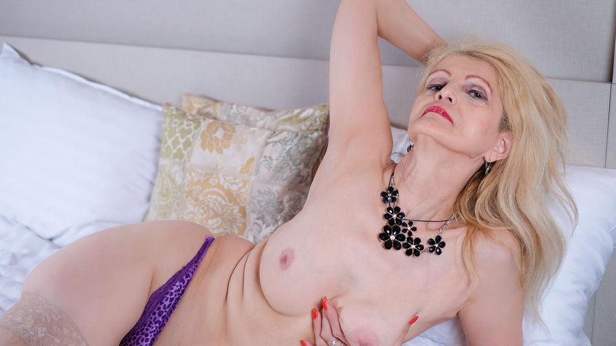 MatureCecilia's profile picture – Mature Woman on LiveJasmin