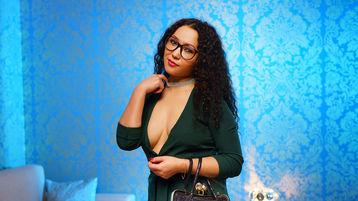Tinia horká webcam show – Zralé Ženy na Jasmin