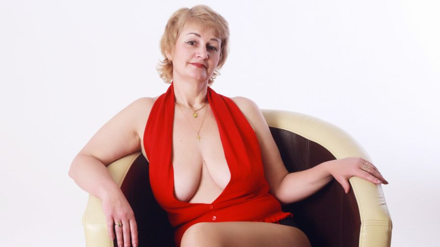 BigTittsmmm's profile picture – Mature Woman on LiveJasmin