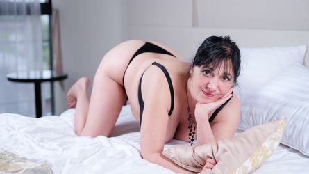 CarlaMilles's profile picture – Mature Woman on LiveJasmin