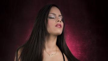 Show quente na webcam de AngellilBlack – Meninas em Jasmin