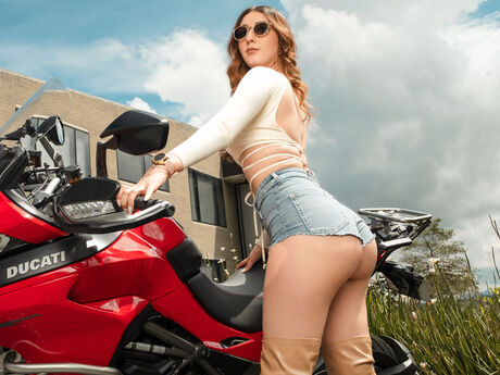 VickyBaez
