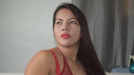 AWESOMEMADELINE:n profiilikuva – Nainen sivulla LiveJasmin