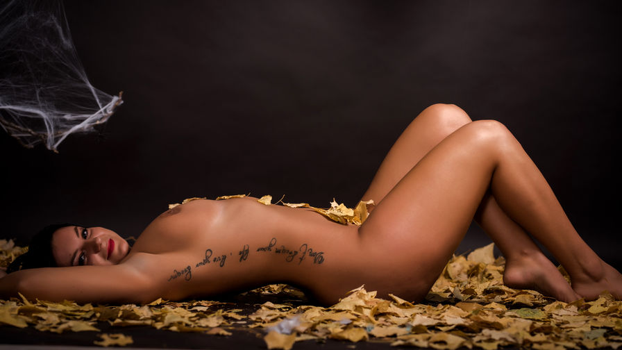 HotIsabelleee's profile picture – Girl on LiveJasmin