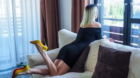 BlondeNinnas hot webcam show – Fræk Flirt på LiveJasmin