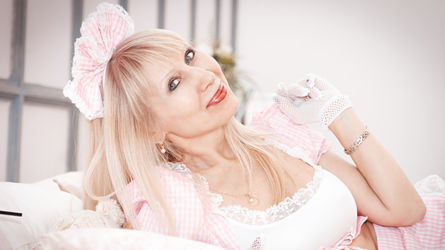 AlisaDeluxe's profile picture – Hot Flirt on LiveJasmin