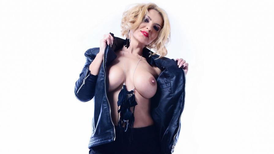 Nicole2sexy's profile picture – Mature Woman on LiveJasmin