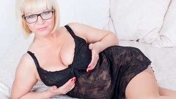 softlymilfx's hot webcam show – Mature Woman on Jasmin